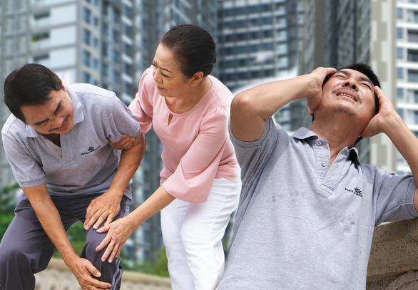 Sau 50 tuổi cần lưu ý những dấu hiệu nào để phòng đột quỵ? - Ảnh 1.