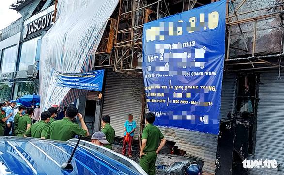 Thực nghiệm hiện trường vụ cháy chi nhánh Ngân hàng Eximbank ở Gò Vấp - Ảnh 4.