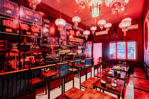 Hong Kong thu nhỏ trong quán ăn cho giới trẻ mới toanh - Ảnh 2.