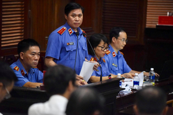 Cựu phó chủ tịch UBND TP.HCM Nguyễn Thành Tài bị đề nghị 8-9 năm tù - Ảnh 2.