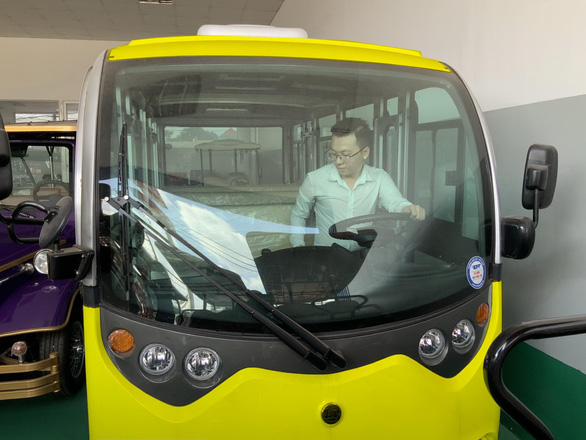 Nha Trang: giảm kẹt xe bằng ô tô điện - Ảnh 1.