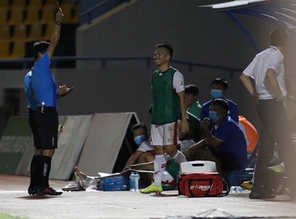 Nhận thẻ vàng lãng xẹt, Khắc Ngọc nghỉ đá chung kết Cúp quốc gia 2020 - Ảnh 2.