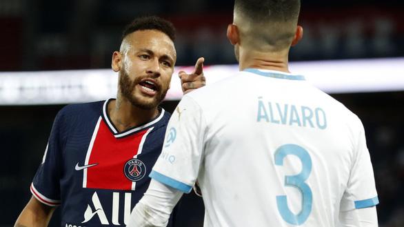 Neymar bị cấm đá 2 trận và LFP mở cuộc điều tra vụ phân biệt chủng tộc - Ảnh 1.