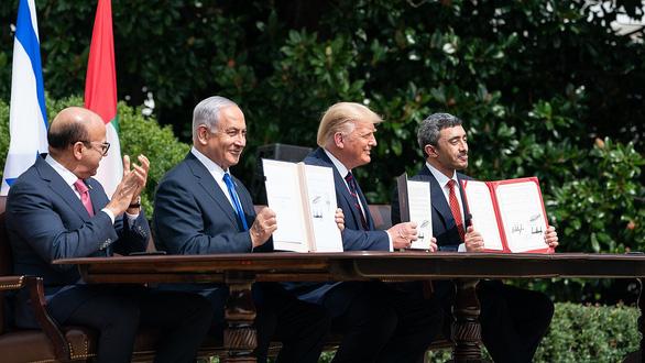 Những bước đi táo bạo phá vỡ bế tắc của ông Trump ở Trung Đông - Ảnh 2.