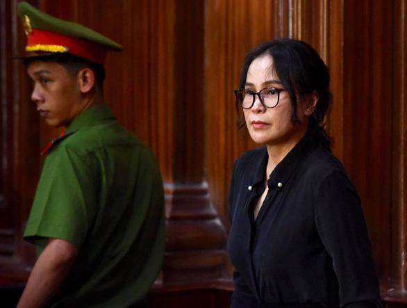 Bà Thúy bật khóc nói về nỗi oan tình cảm với ông Nguyễn Thành Tài - Ảnh 1.