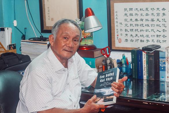 Nhà biên kịch Phạm Thùy Nhân: Hiện thực xã hội ngồn ngộn mà phim toàn mật ngọt - Ảnh 1.