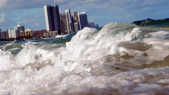 Khí thải có thể khiến mực nước biển dâng thêm 40cm - Ảnh 1.