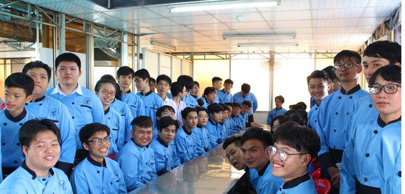 Nghề bếp ngày càng thu hút đông đảo bạn trẻ theo học - Ảnh 1.