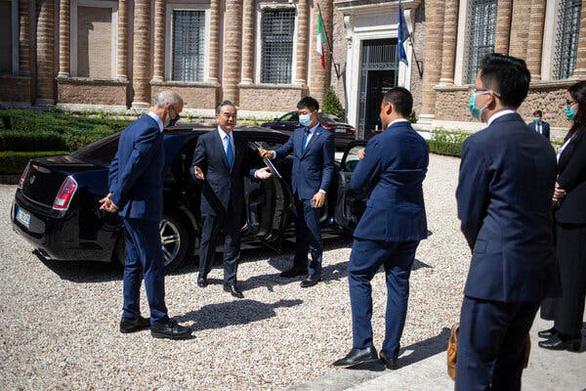 Dùng kiểu ngoại giao bề trên, Trung Quốc đang mất các đối tác châu Âu - Ảnh 3.