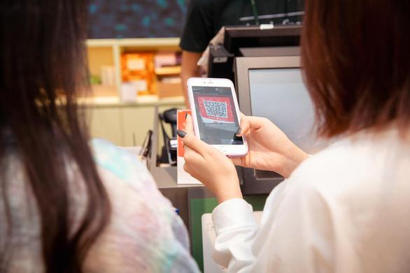 Quét QR tại cửa hàng - cách thức thanh toán một công, đôi tiện ích - Ảnh 2.