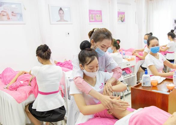 5 điểm nổi bật khi học nghề làm đẹp tại Trường thẩm mỹ ANA - Ảnh 3.