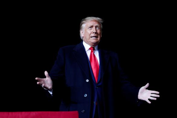 Ông Trump: Tôi mất hết bạn bè sau khi thành tổng thống - Ảnh 1.
