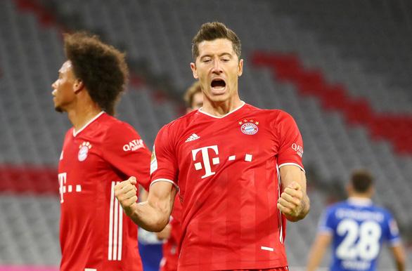 Bayern hủy diệt Schalke 8-0 ở trận ra quân Bundesliga - Ảnh 1.