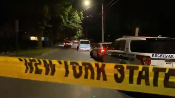 Nổ súng tại bữa tiệc ở Mỹ, 2 người thiệt mạng, 14 người bị thương - Ảnh 1.