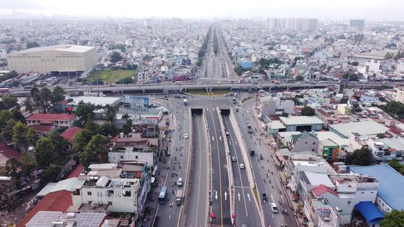TP.HCM khánh thành nút giao thông An Sương, giải tỏa ùn tắc cửa ngõ Tây Bắc - Ảnh 3.