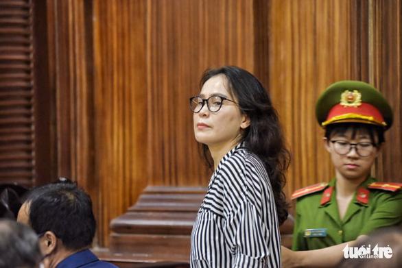 Bị cáo Lê Thị Thanh Thúy: Một phụ nữ như tôi làm sao tác động được cả hệ thống? - Ảnh 1.