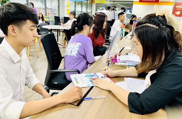 Bắt đầu điều chỉnh nguyện vọng xét tuyển ĐH: Làm gì để tăng cơ hội đậu đại học? - Ảnh 1.