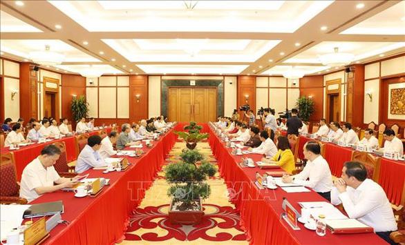 Tổng bí thư, Chủ tịch nước: Yêu cầu với Hà Nội phải cao hơn các địa phương khác - Ảnh 1.