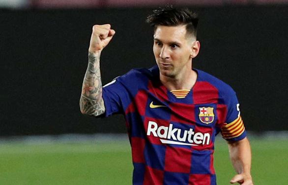 Messi đồng ý ký hợp đồng 5 năm 19.000 tỉ đồng với Manchester City - Ảnh 1.