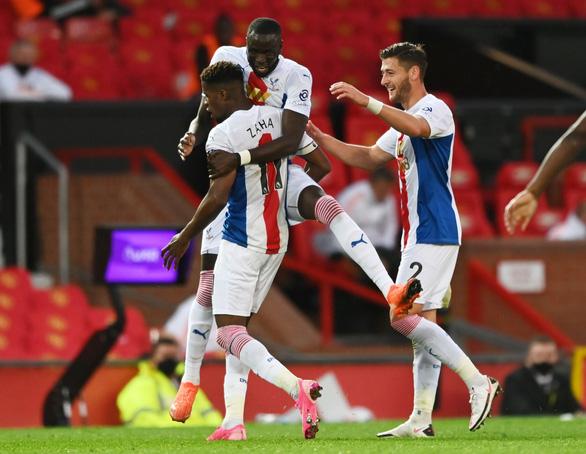 Man Utd thua sốc Crystal Palace ngay tại Old Trafford - Ảnh 4.