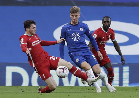 Liverpool thắng dễ 10 người Chelsea - Ảnh 1.