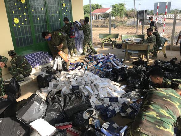 Buôn bán, vận chuyển chỉ 1 gói thuốc lá lậu cũng bị phạt tới 3 triệu đồng - Ảnh 1.