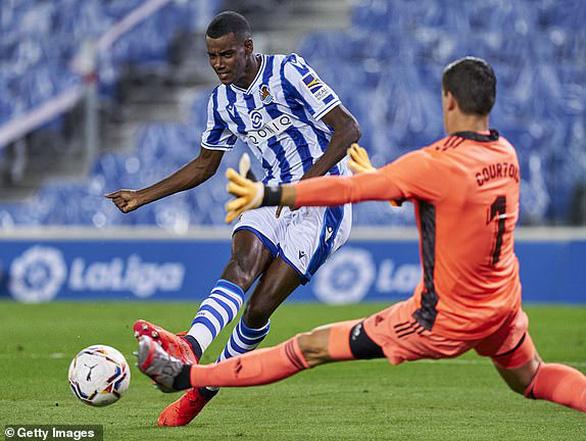 Real bị cầm chân trong trận đầu tiên ở La Liga mùa giải mới - Ảnh 2.