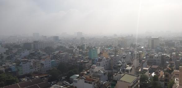 TP.HCM sương sớm lãng đãng như Đà Lạt - Ảnh 5.
