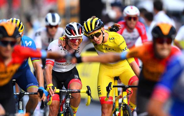 Tour de France có nhà vô địch trẻ tuổi nhất trong vòng 111 năm - Ảnh 1.