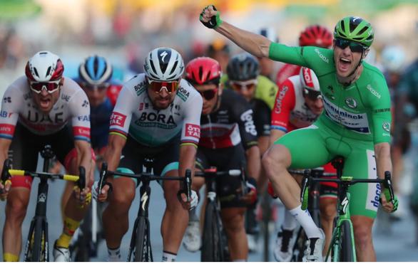 Tour de France có nhà vô địch trẻ tuổi nhất trong vòng 111 năm - Ảnh 2.