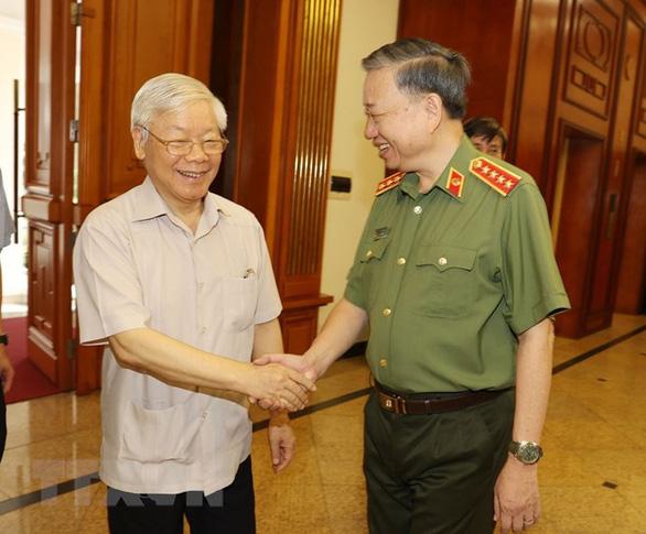 Tổng bí thư, Chủ tịch nước: Để nhân dân ủng hộ, lực lượng công an phải nỗ lực, xứng đáng - Ảnh 2.