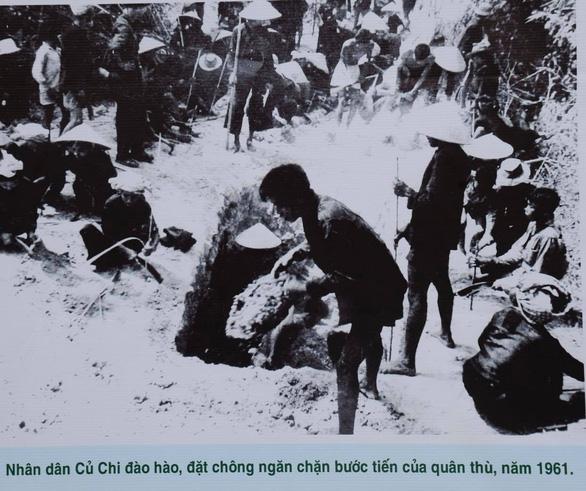Khai mạc triển lãm kỷ niệm 75 năm ngày Nam bộ kháng chiến - Ảnh 10.