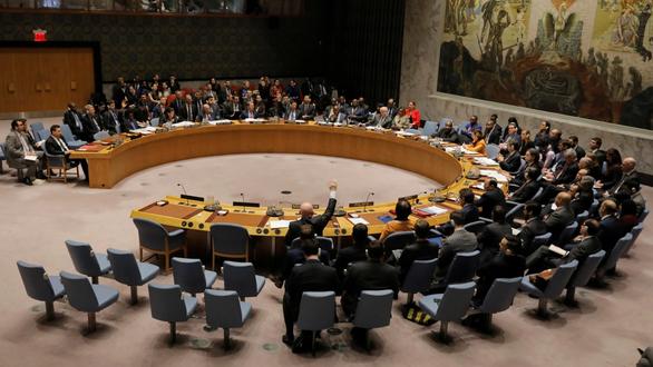 Nhật muốn ghế Hội đồng Bảo an ngang hàng Trung Quốc - Ảnh 1.
