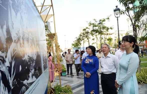 Khai mạc triển lãm kỷ niệm 75 năm ngày Nam bộ kháng chiến - Ảnh 5.