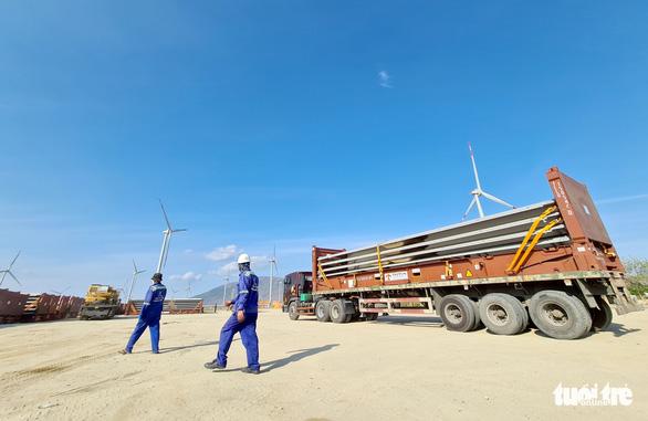Nhiều đề xuất gia hạn ưu đãi đối với điện gió, vì sao? - Ảnh 1.