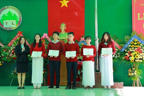 Nữ sinh Đà Lạt giành học bổng 'khủng' vào Đại học Quốc tế Sài Gòn - Ảnh 2.