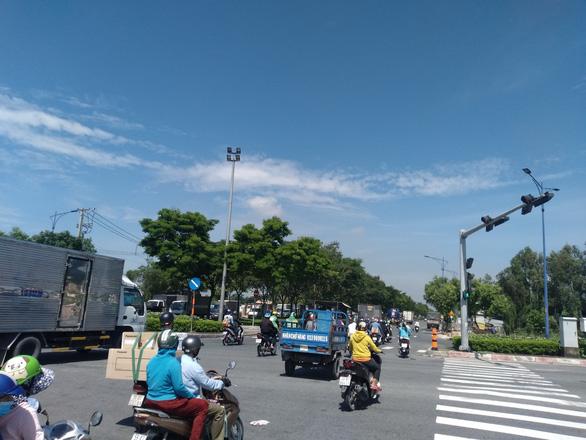 TP.HCM nâng cấp đường Trần Văn Giàu kết nối Long An, vượt tiến độ 3 tháng - Ảnh 2.