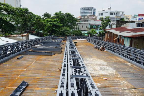 Cầu sắt An Phú Đông không kịp thông xe trong tháng 9-2020 - Ảnh 1.
