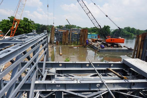 Cầu sắt An Phú Đông không kịp thông xe trong tháng 9-2020 - Ảnh 5.
