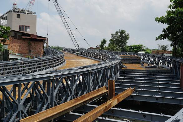 Cầu sắt An Phú Đông không kịp thông xe trong tháng 9-2020 - Ảnh 4.
