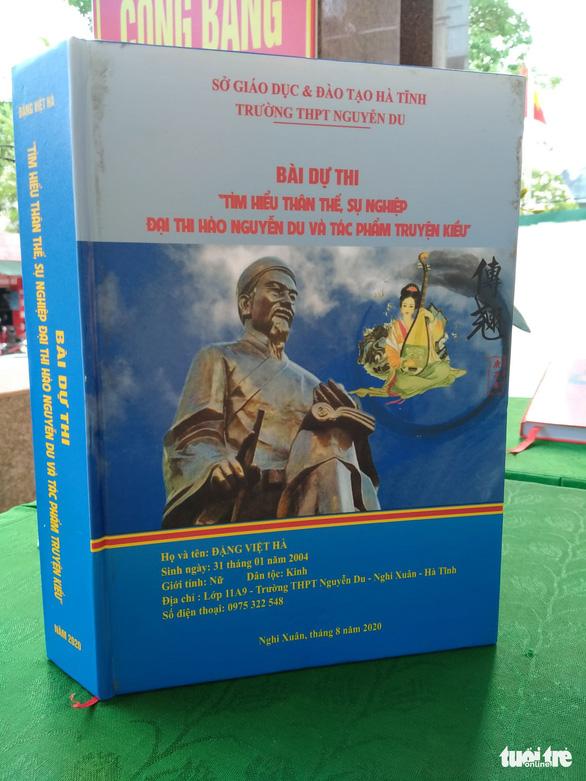 Sinh viên Lào thi tìm hiểu Nguyễn Du và Truyện Kiều cùng người Việt - Ảnh 2.