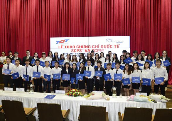 SMEI Việt Nam trao chứng chỉ cho sinh viên Đại học Tôn Đức Thắng - Ảnh 4.