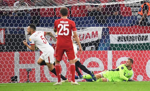 Ngược dòng kịch tính trước Sevilla, Bayern đoạt Siêu cúp châu Âu - Ảnh 2.