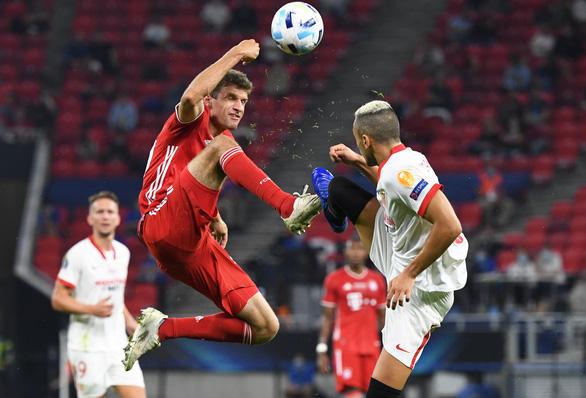 Ngược dòng kịch tính trước Sevilla, Bayern đoạt Siêu cúp châu Âu - Ảnh 5.