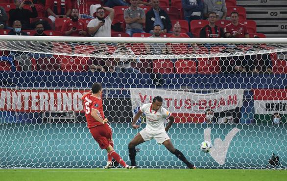 Ngược dòng kịch tính trước Sevilla, Bayern đoạt Siêu cúp châu Âu - Ảnh 4.