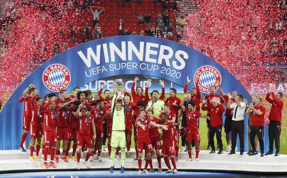 Ngược dòng kịch tính trước Sevilla, Bayern đoạt Siêu cúp châu Âu - Ảnh 1.
