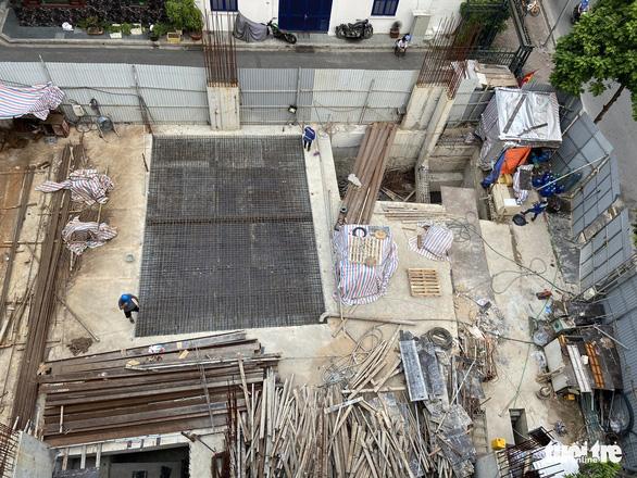 Thủ tướng yêu cầu Hà Nội kiểm tra, giải quyết vụ nhà phố làm 4 tầng hầm - Ảnh 2.