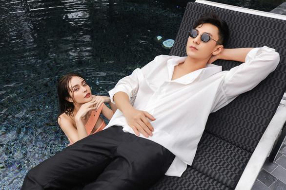Giữa cơn sốt Rap Việt, MLee chơi lớn rap bằng giọng Huế trong MV Cá cắn câu - Ảnh 3.