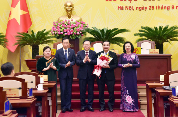 Thủ tướng phê chuẩn kết quả bầu chủ tịch UBND thành phố Hà Nội Chu Ngọc Anh - Ảnh 1.