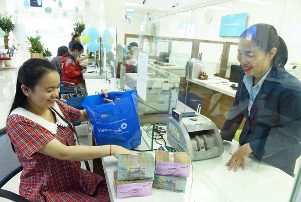 ADB: Trái phiếu doanh nghiệp của Việt Nam tăng mạnh 65,6% - Ảnh 1.